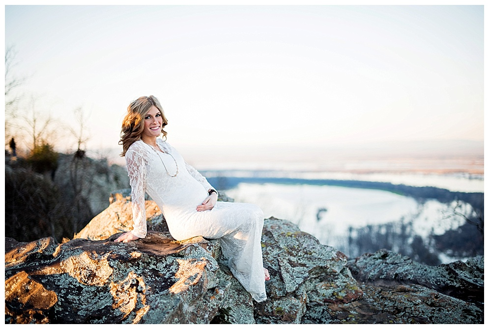 arkansas_photographer_petitjean_mountain_maternity_03.jpg