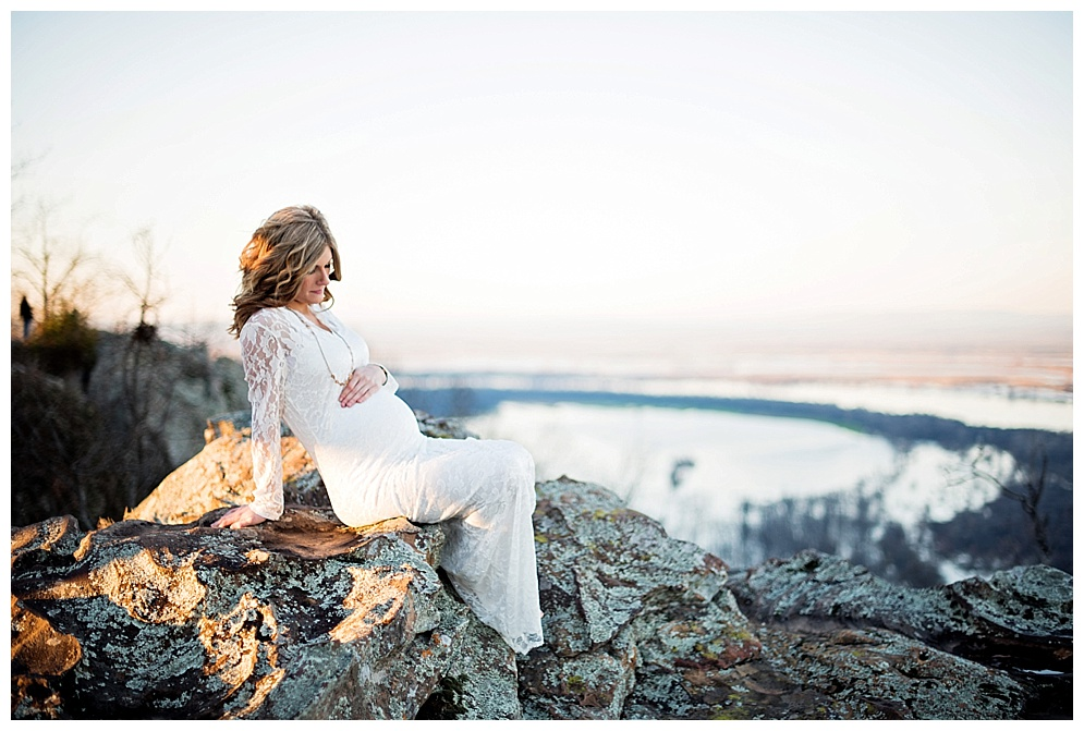 arkansas_photographer_petitjean_mountain_maternity_04.jpg
