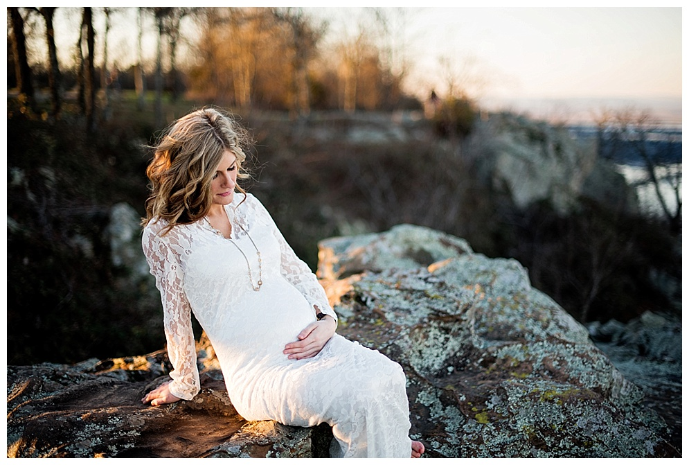 arkansas_photographer_petitjean_mountain_maternity_05.jpg