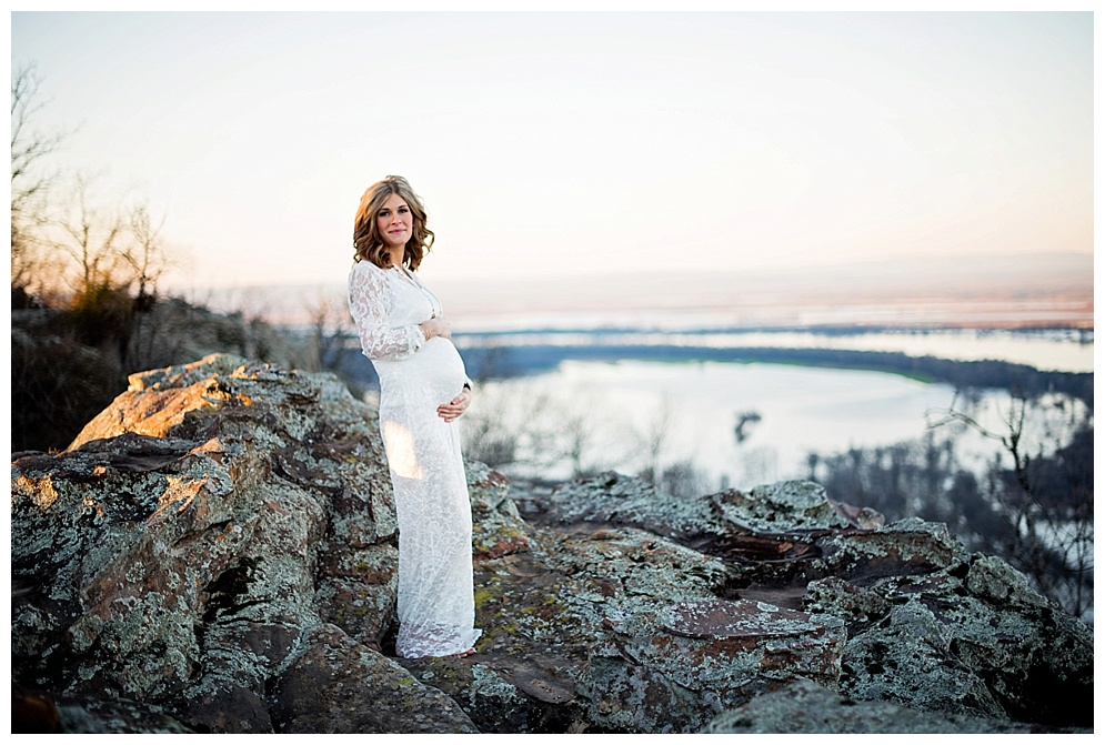 arkansas_photographer_petitjean_mountain_maternity_11.jpg