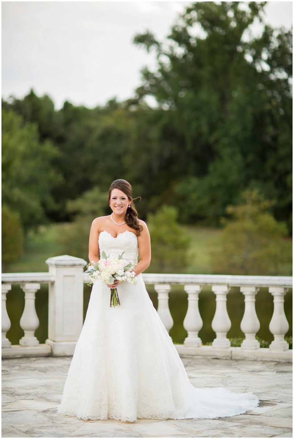 Shelby_Shreveport_BridalSession_01.jpg