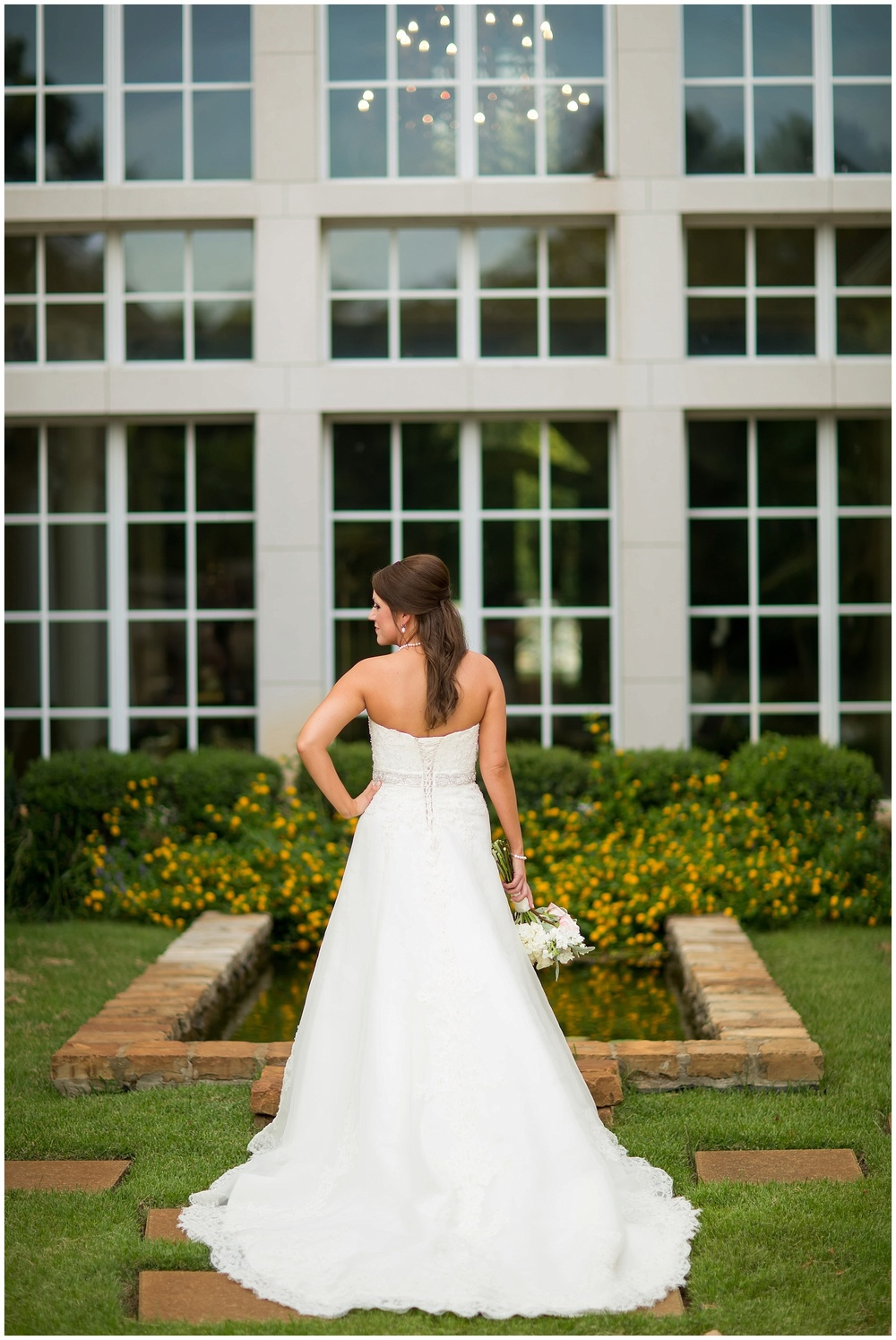 Shelby_Shreveport_BridalSession_07.jpg