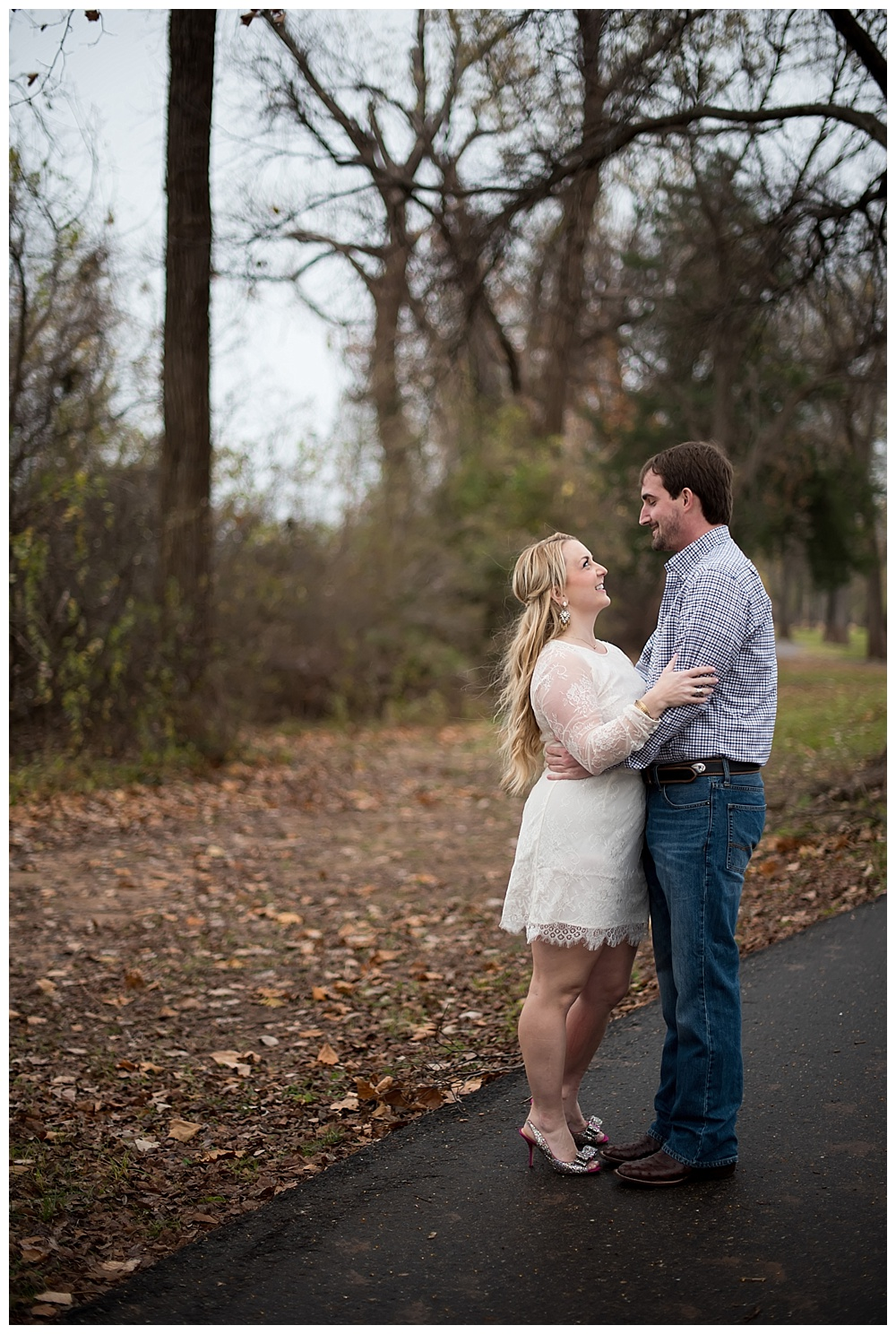 Downtown-Shreveport-Engagement-Session-Shreveport-LA-Photo8.jpg