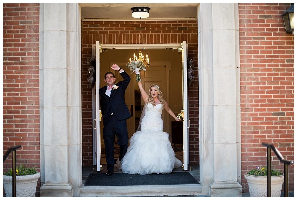 Ashley-Brown-Chapel-Hill-Country-Shreveport-Wedding-24.jpg