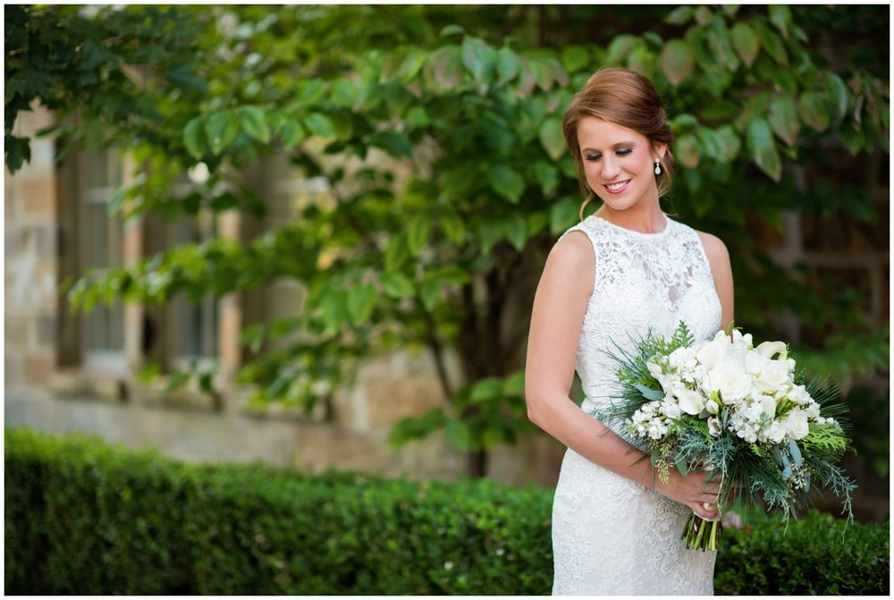 Erin_Goodwin_Manor_LittleRock_Wedding_Bride_Photographer_02.jpg