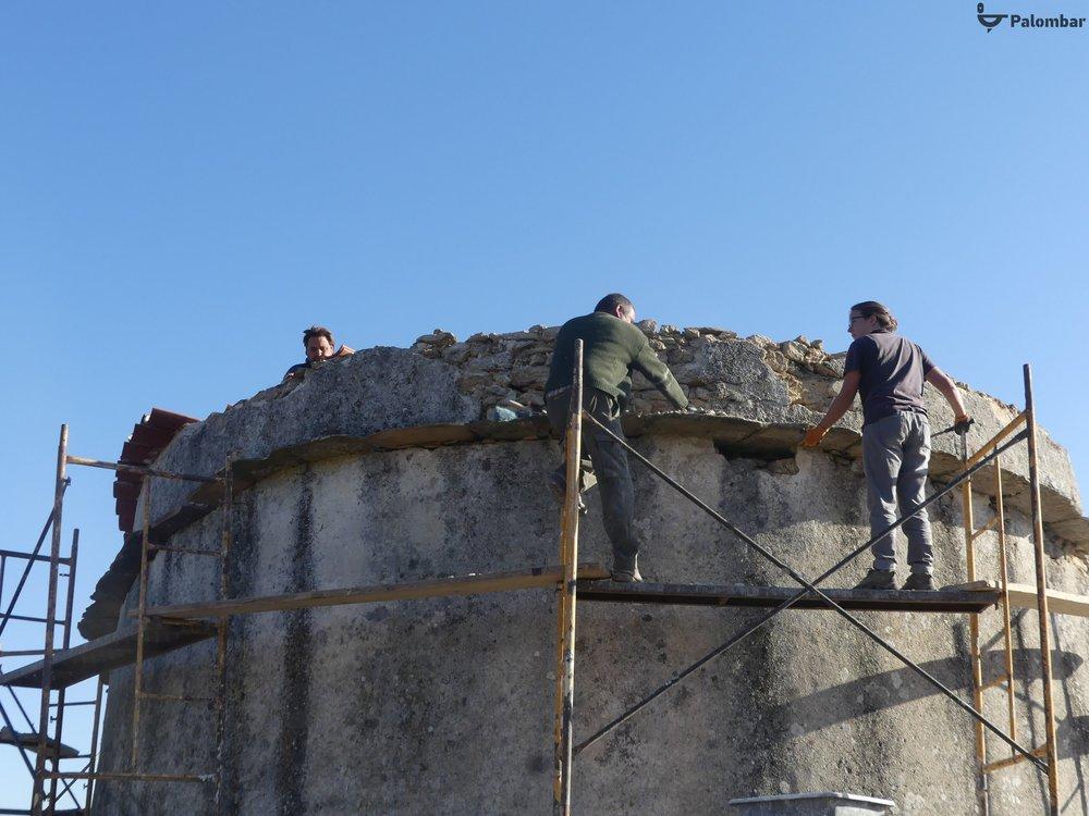 Recuperação de um pombal tradicional em Miranda do Douro.