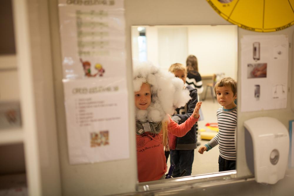 I november 2015 var det siste forberedelser til forestillingen om vanndråpen Vanni. Foto: Julie Lunde Lillesæter/Differ Media