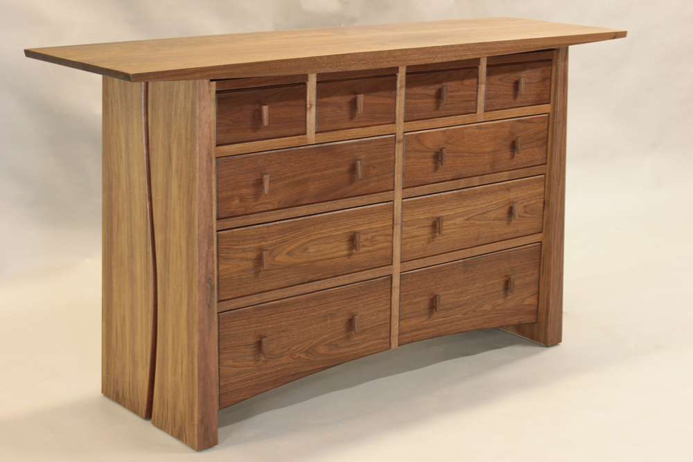 Meander 10 drawer chest