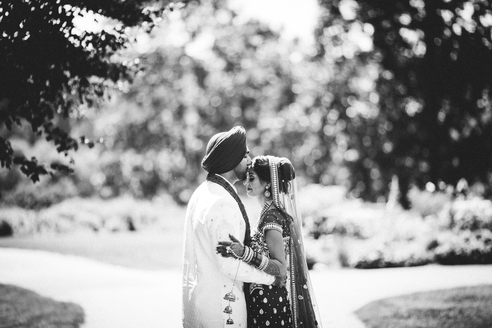 Sikh-wedding-Photographer-Meadowlark-Botanical-Gardens-Hilton-McLean-Tysons-Corner_0038.jpg