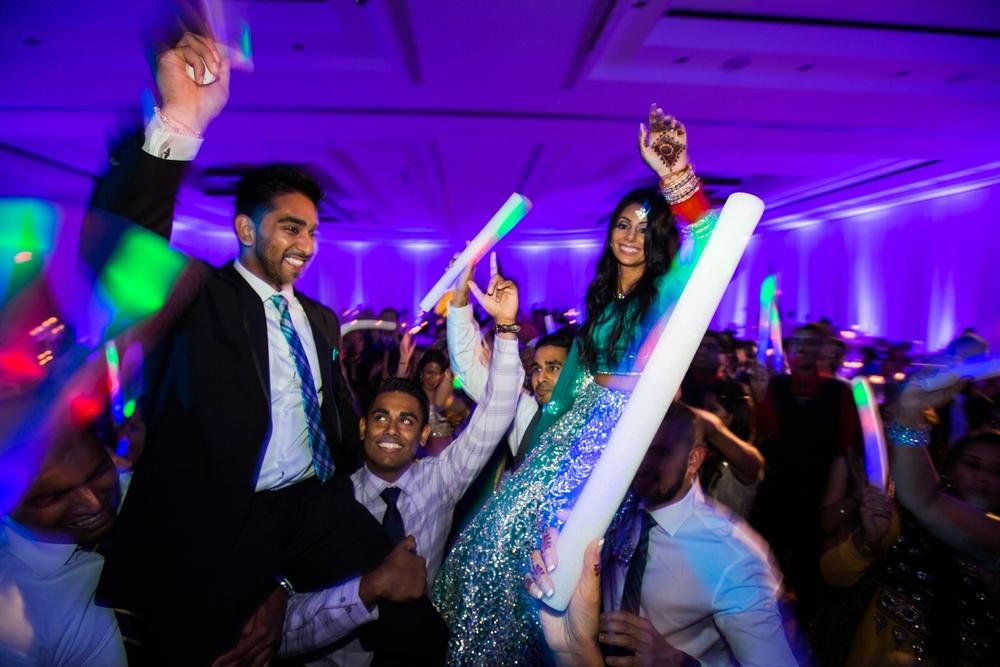 Sikh-wedding-Photographer-Meadowlark-Botanical-Gardens-Hilton-McLean-Tysons-Corner_0050.jpg