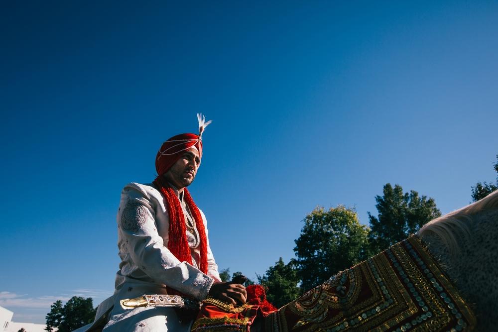 Sikh-wedding-Photographer-Meadowlark-Botanical-Gardens-Hilton-McLean-Tysons-Corner_0013.jpg