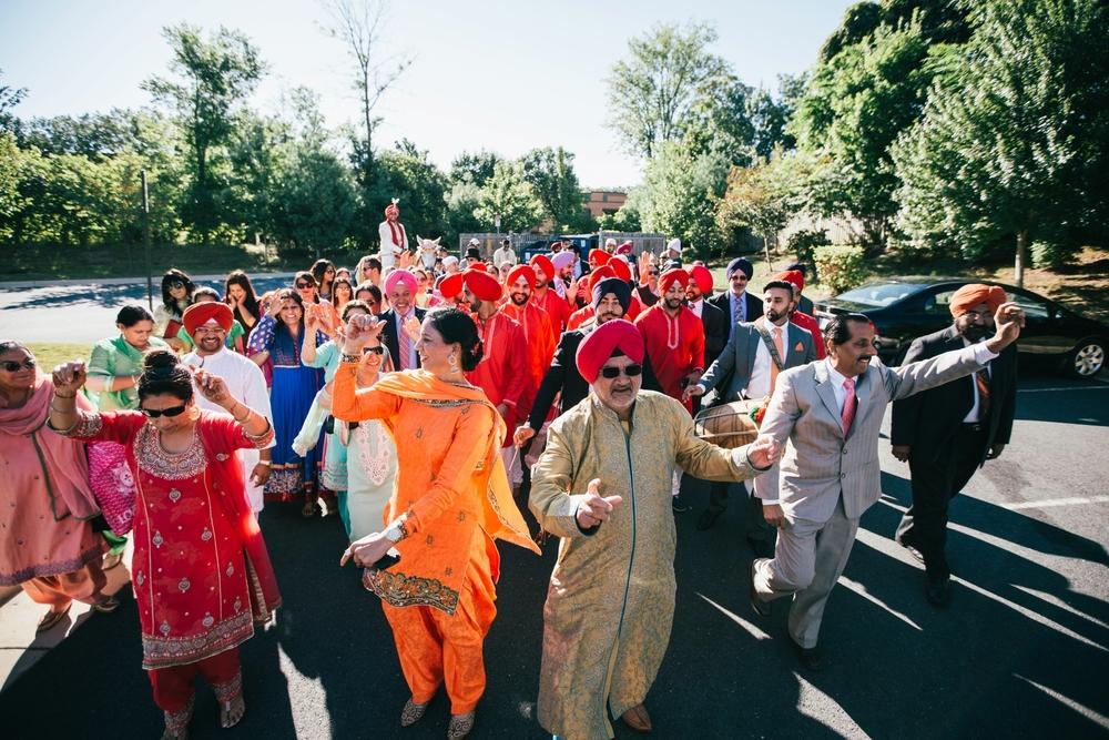 Sikh-wedding-Photographer-Meadowlark-Botanical-Gardens-Hilton-McLean-Tysons-Corner_0014.jpg