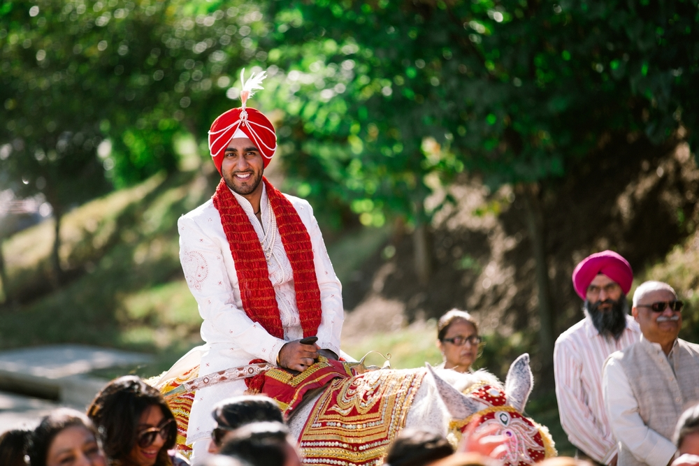 Sikh-wedding-Photographer-Meadowlark-Botanical-Gardens-Hilton-McLean-Tysons-Corner_0016.jpg