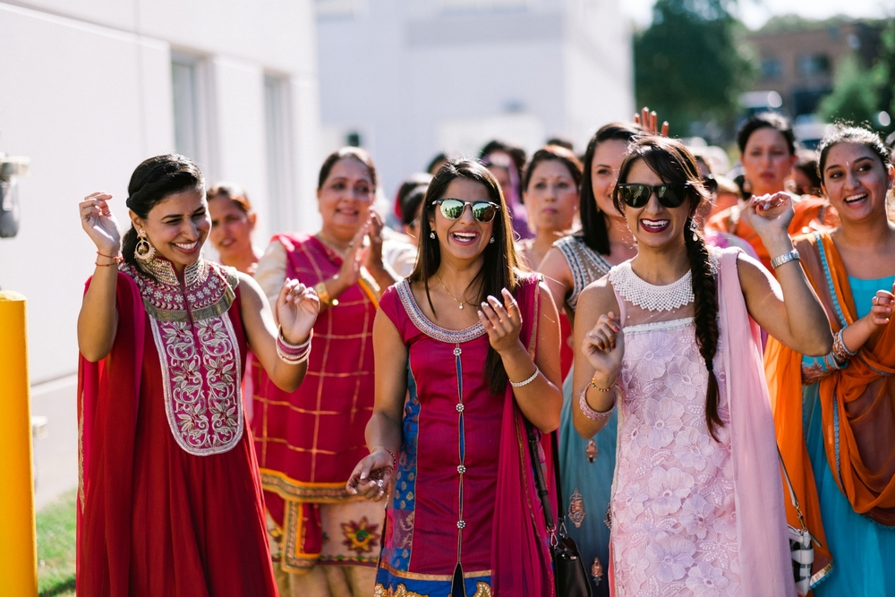 Sikh-wedding-Photographer-Meadowlark-Botanical-Gardens-Hilton-McLean-Tysons-Corner_0017.jpg