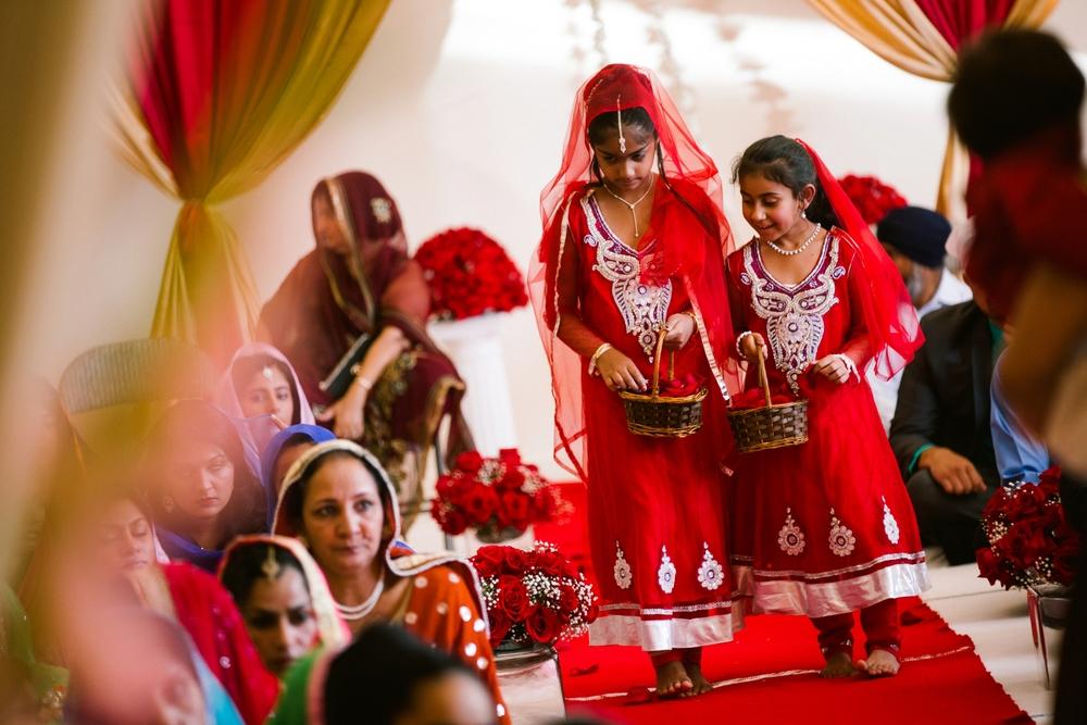 Sikh-wedding-Photographer-Meadowlark-Botanical-Gardens-Hilton-McLean-Tysons-Corner_0024.jpg