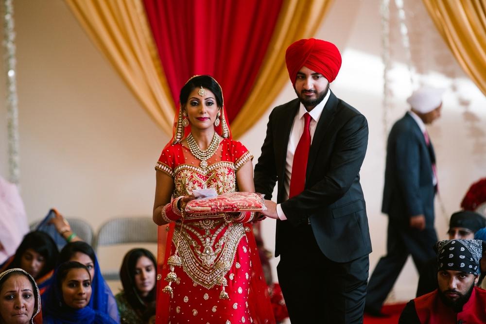 Sikh-wedding-Photographer-Meadowlark-Botanical-Gardens-Hilton-McLean-Tysons-Corner_0025.jpg