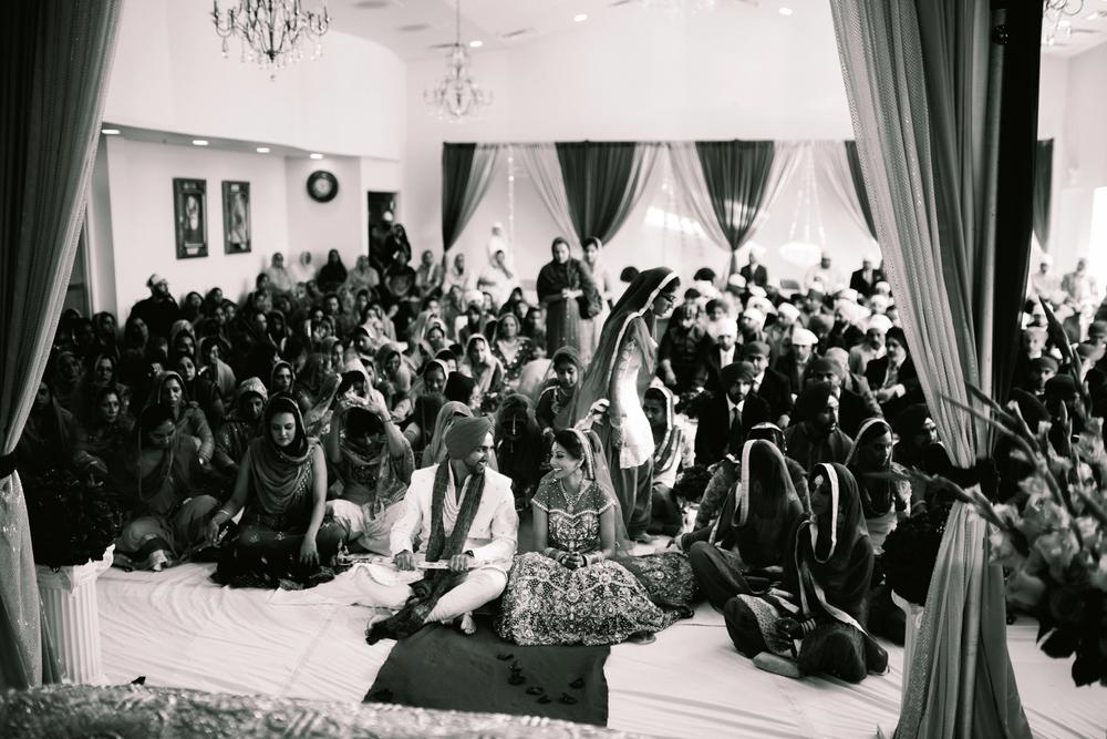 Sikh-wedding-Photographer-Meadowlark-Botanical-Gardens-Hilton-McLean-Tysons-Corner_0026.jpg