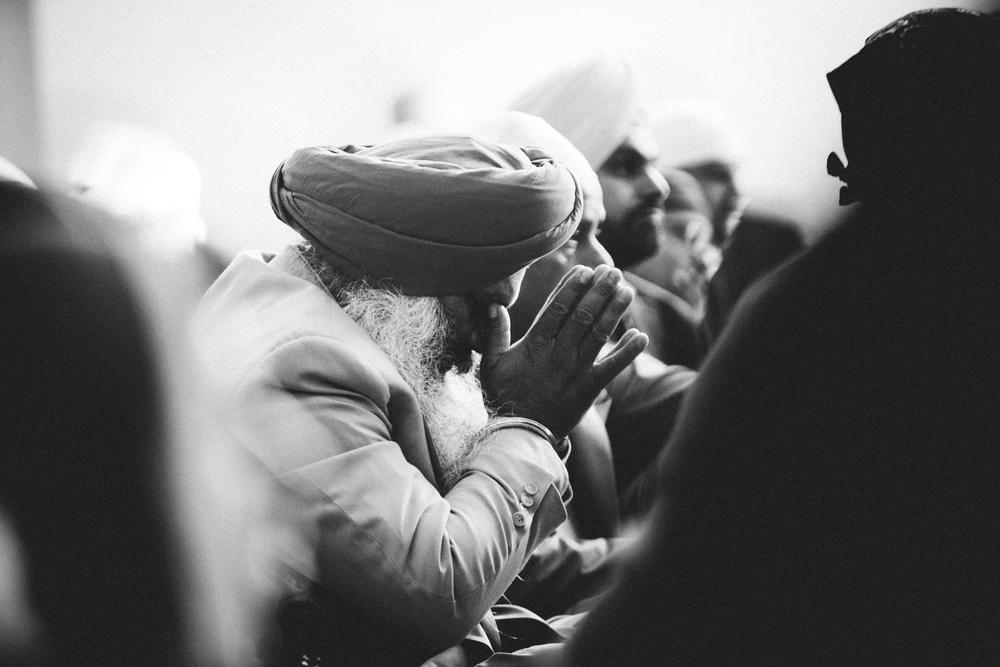 Sikh-wedding-Photographer-Meadowlark-Botanical-Gardens-Hilton-McLean-Tysons-Corner_0027.jpg