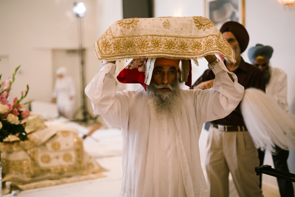 Sikh-wedding-Photographer-Meadowlark-Botanical-Gardens-Hilton-McLean-Tysons-Corner_0034.jpg