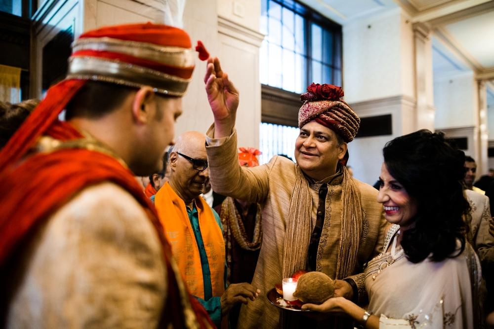 Indian-fusion-wedding-philadelphia-curtis-center_0031.jpg