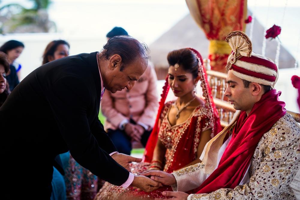 Indian-wedding-Cancun-Mexico-JW-Marriott-cancun_0030.jpg