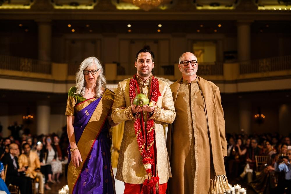 Indian-fusion-wedding-philadelphia-Hyatt-Bellevue_0014.jpg