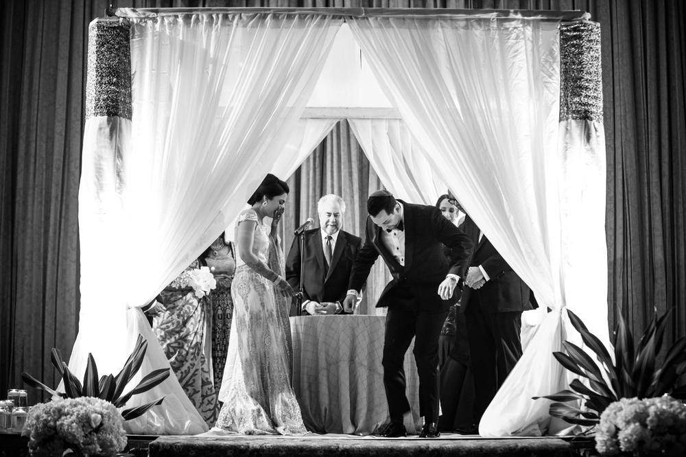 Indian-fusion-wedding-philadelphia-Hyatt-Bellevue_0027.jpg