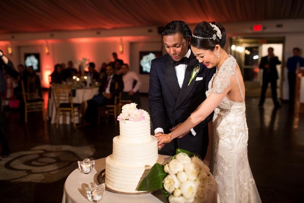 Indian-fusion-wedding-lakehouseinn_0018.jpg