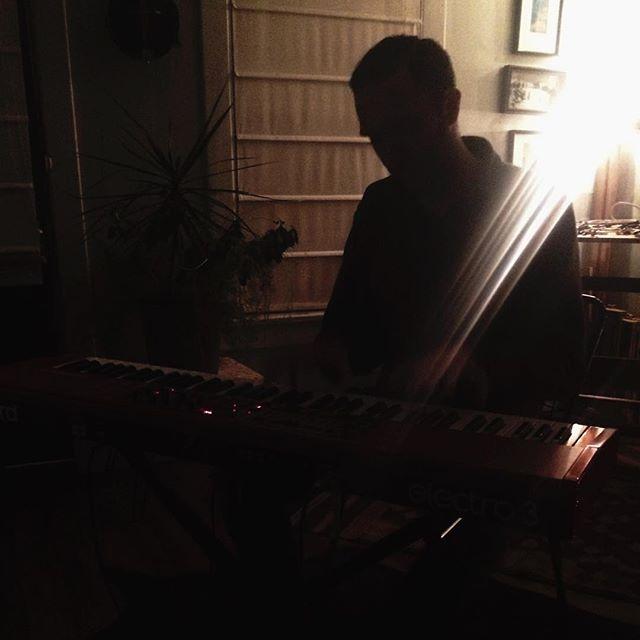 @alexdavidnelson3 tickling the keys. #keys #nashvillemusic