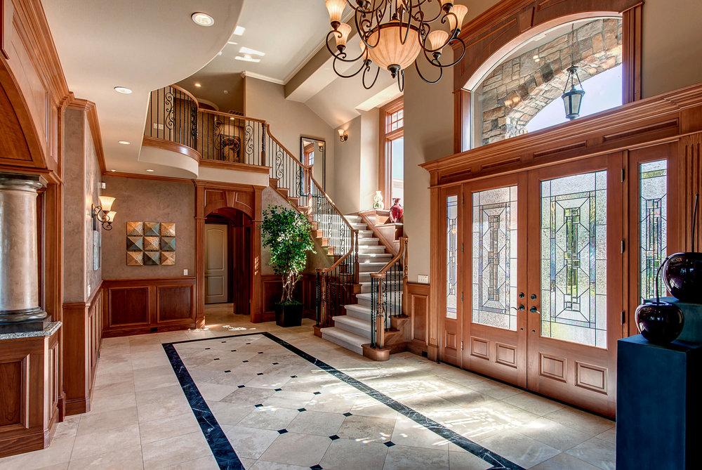 5 Foyer.jpg