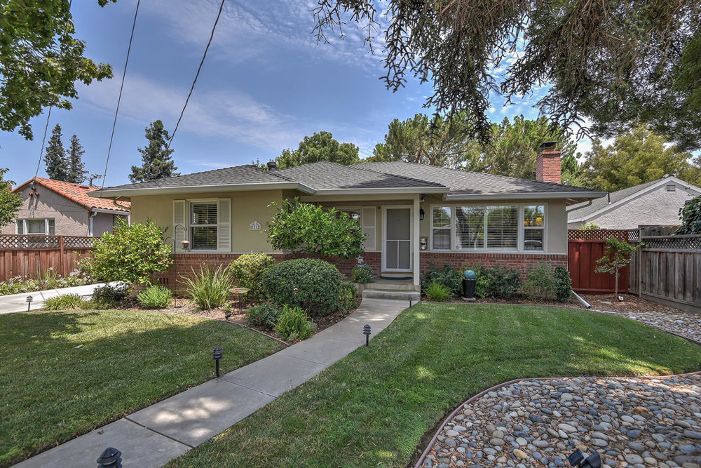 Willow Glen Bungalow Front 5.jpg