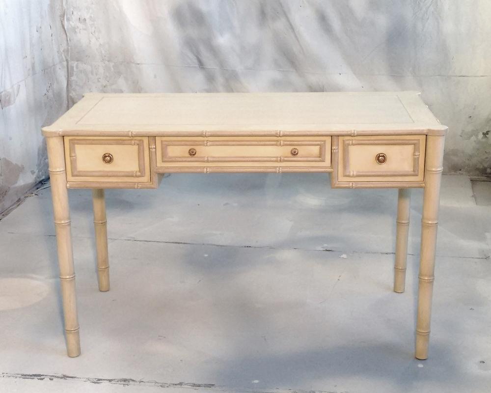Bamboo desk v2.jpg
