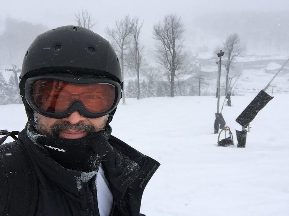 DLC-ski.jpg