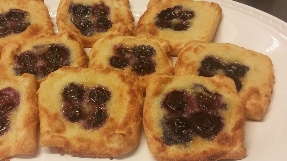 blueberry danish.jpg