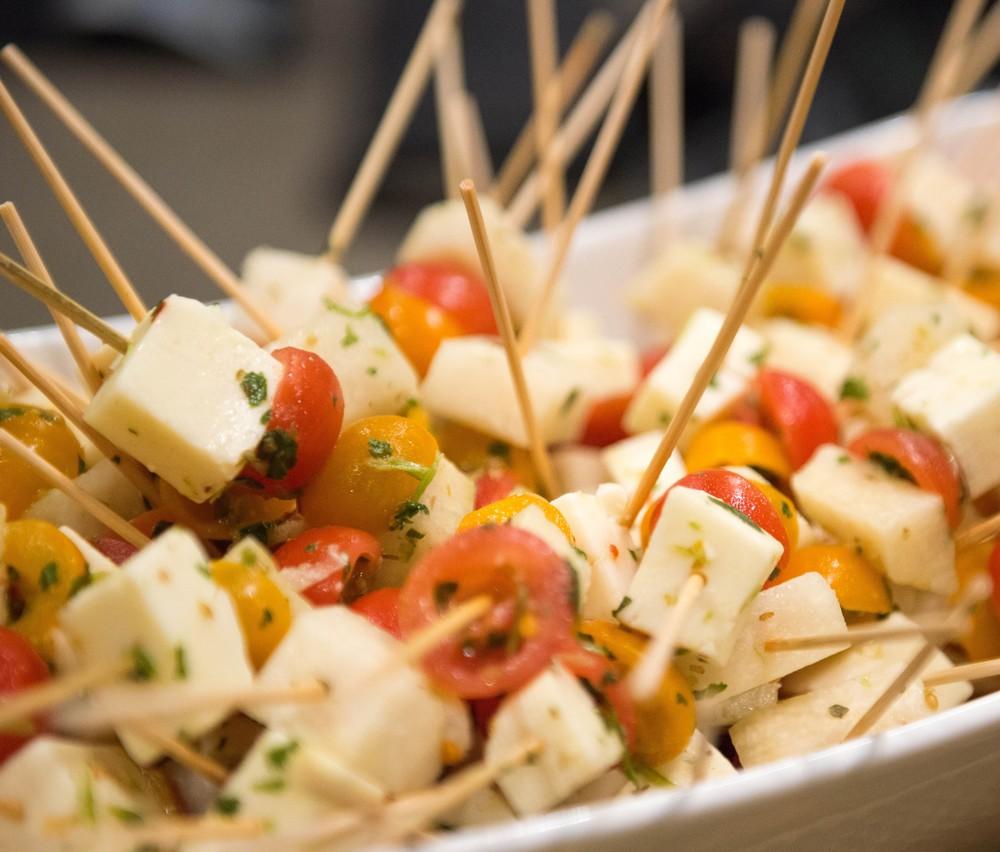 Tomato & manchego skewer 16633113336_b58c8cc8f4_o.jpg