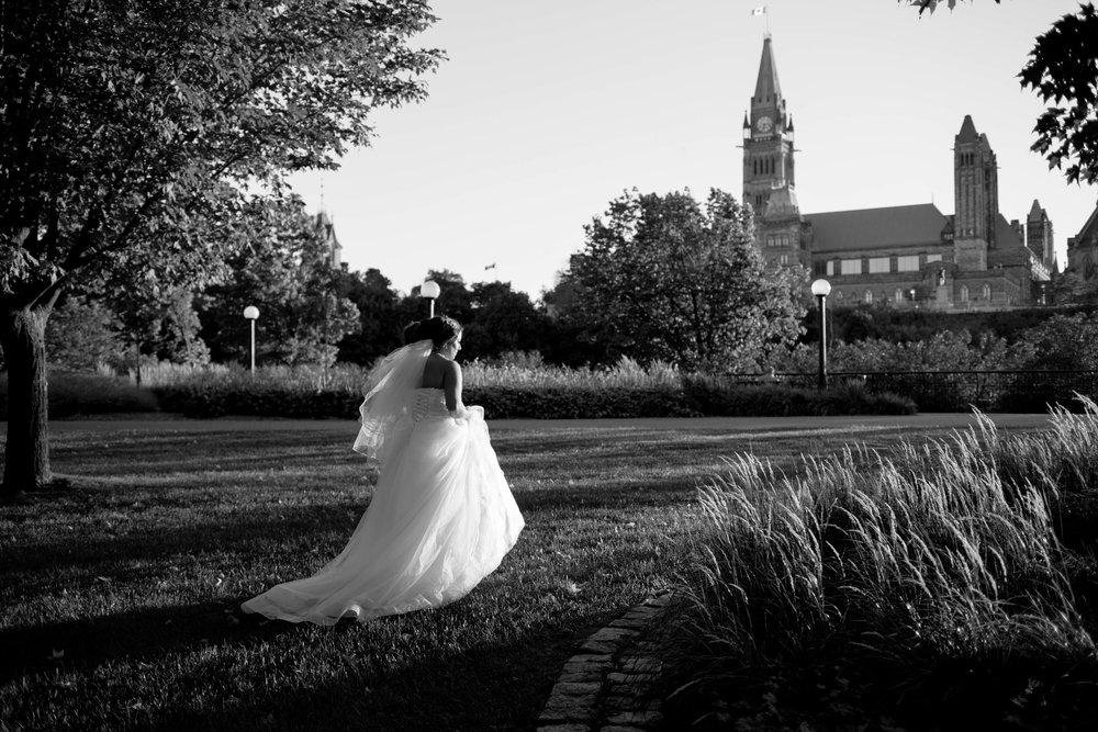 beautiful bride at Parliament Hill, Ottawa.