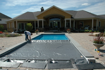 Pool & Spa Cover