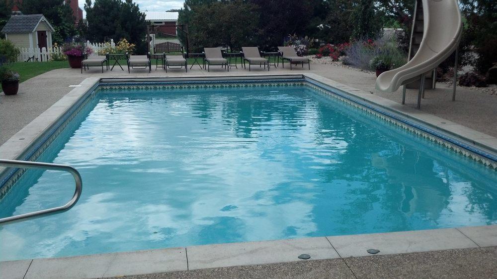 vinyl pool complete caseville2.jpg