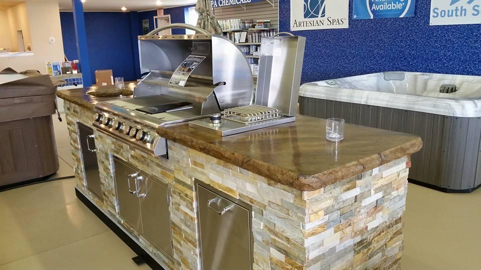 1 outdoor kitchen.jpg