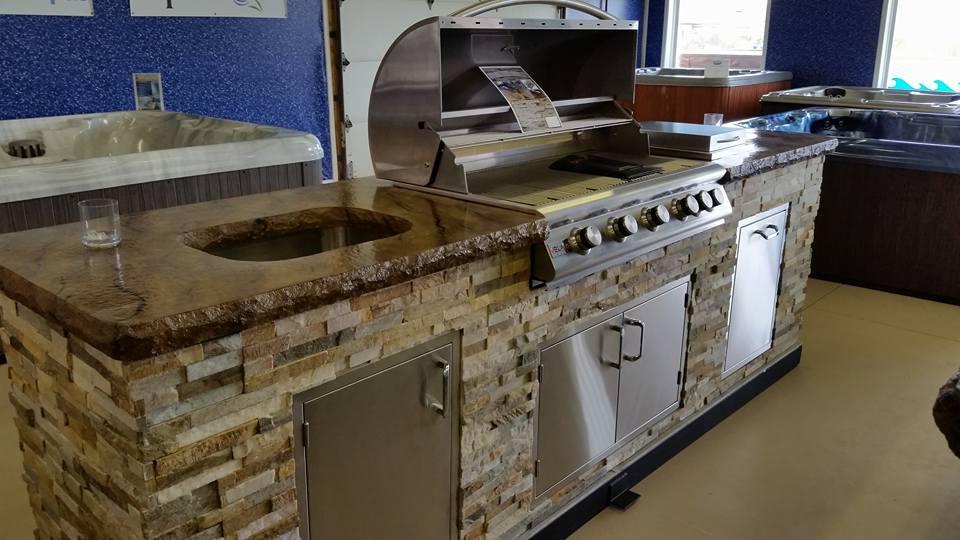 1 outdoor kitchen2.jpg