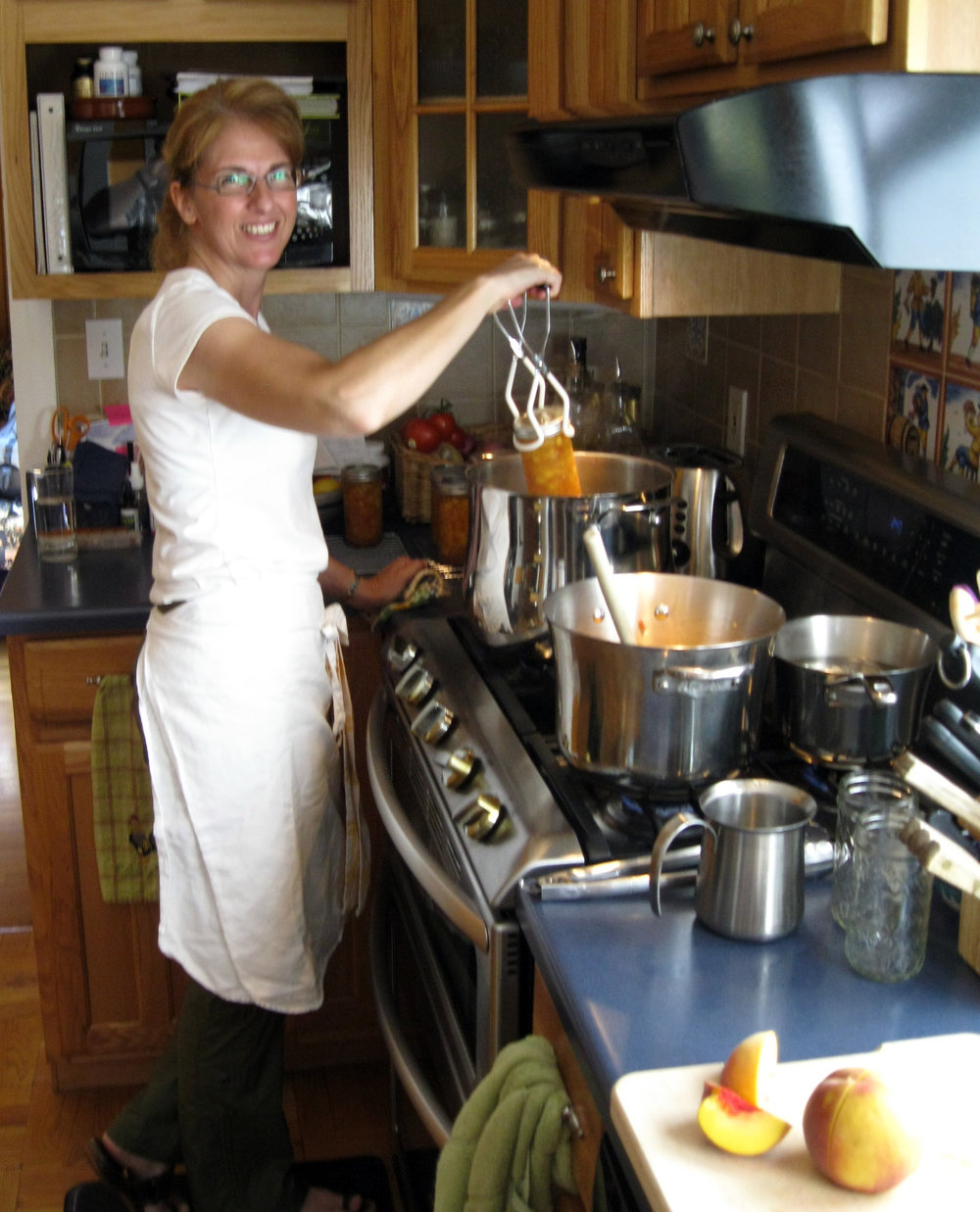 Elizabeth Roberts - Certified Holistic Nutrition Consultant &Natural Chef.