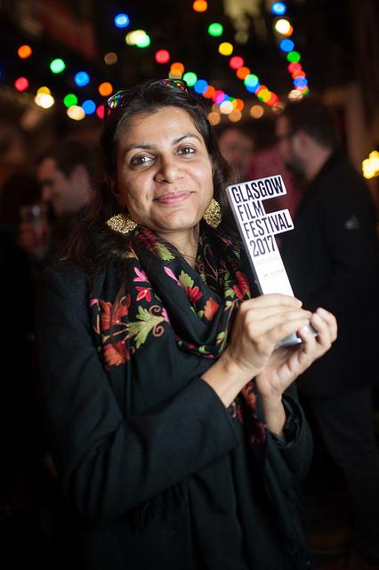 Alankrita Shrivastava with her award in Glasgow