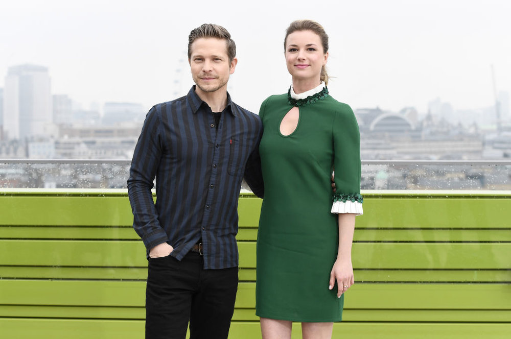 Matt Czuchry and Emily VanCamp CREDIT: GETTY
