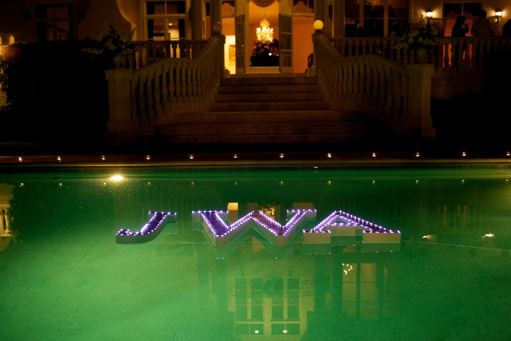 Floating Custom Monogram with Lights - lifewithstyle.co