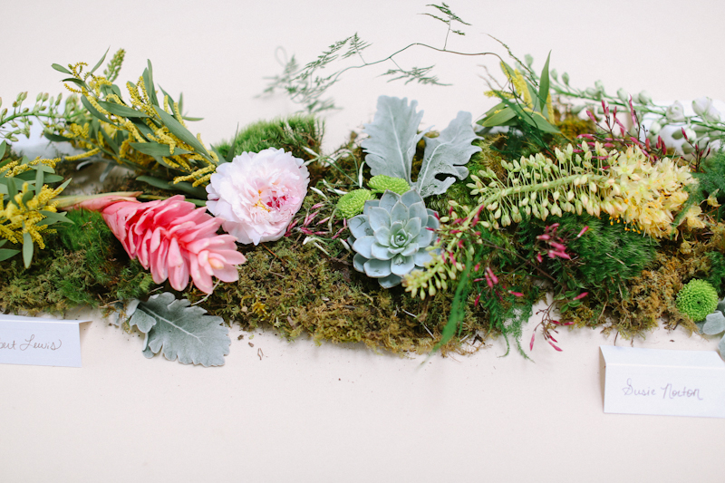 Floral & Moss Table Runner for Head Table - Apryl Ann Photography - lifewithstyle.co