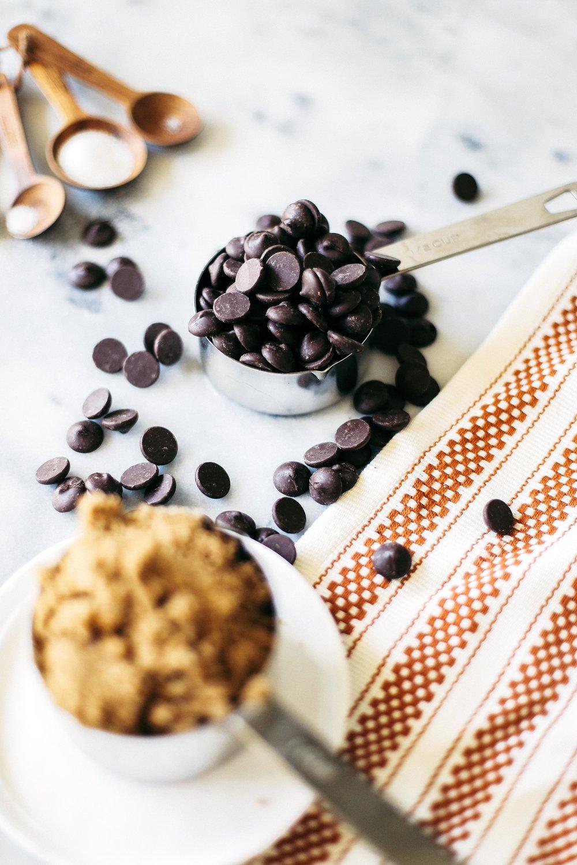 saltedcaramelchocolatechipcookies