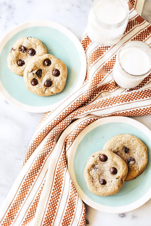 saltedcaramelchocolatechipcookies-10.jpg