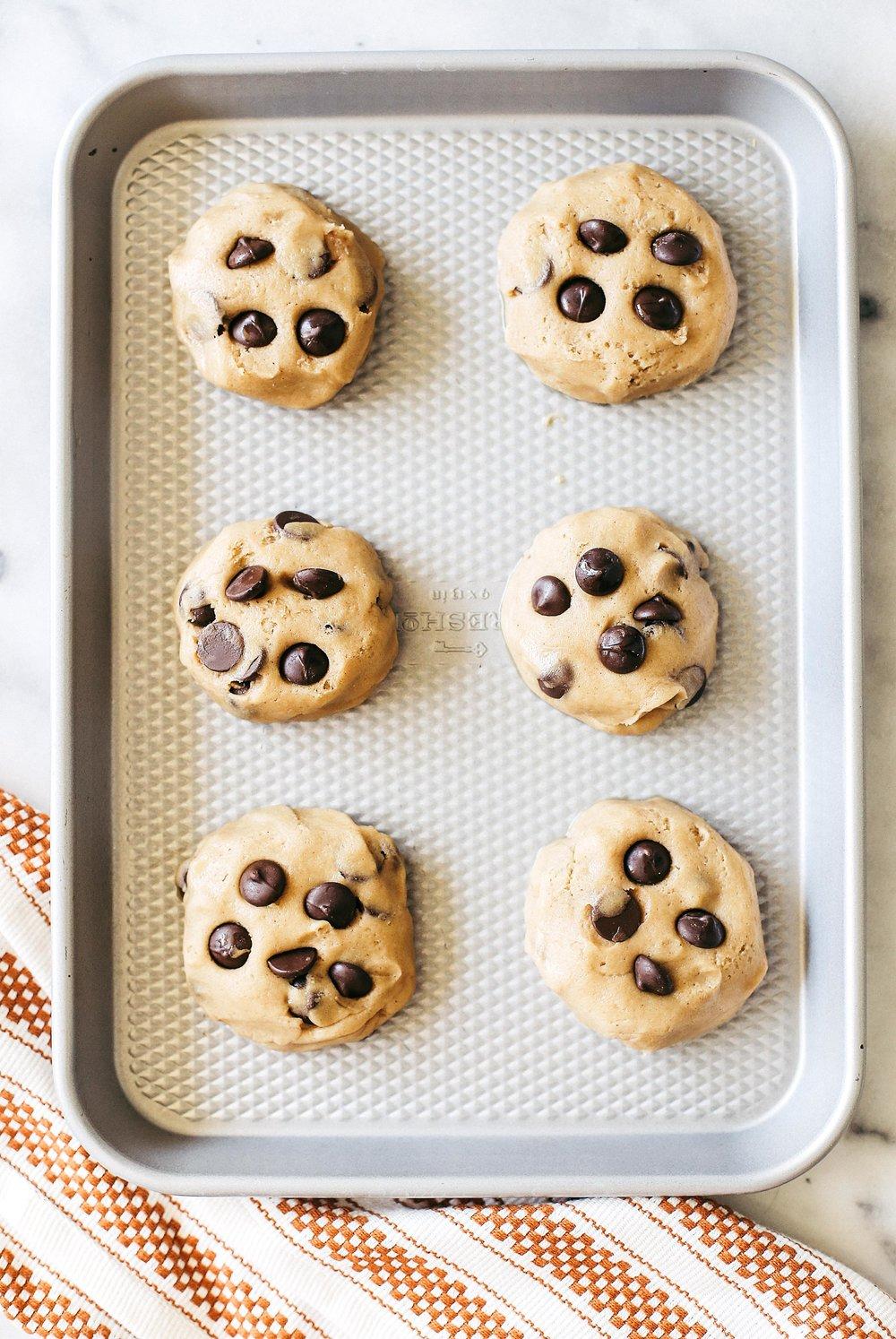 saltedcaramelchocolatechipcookies-4.jpg