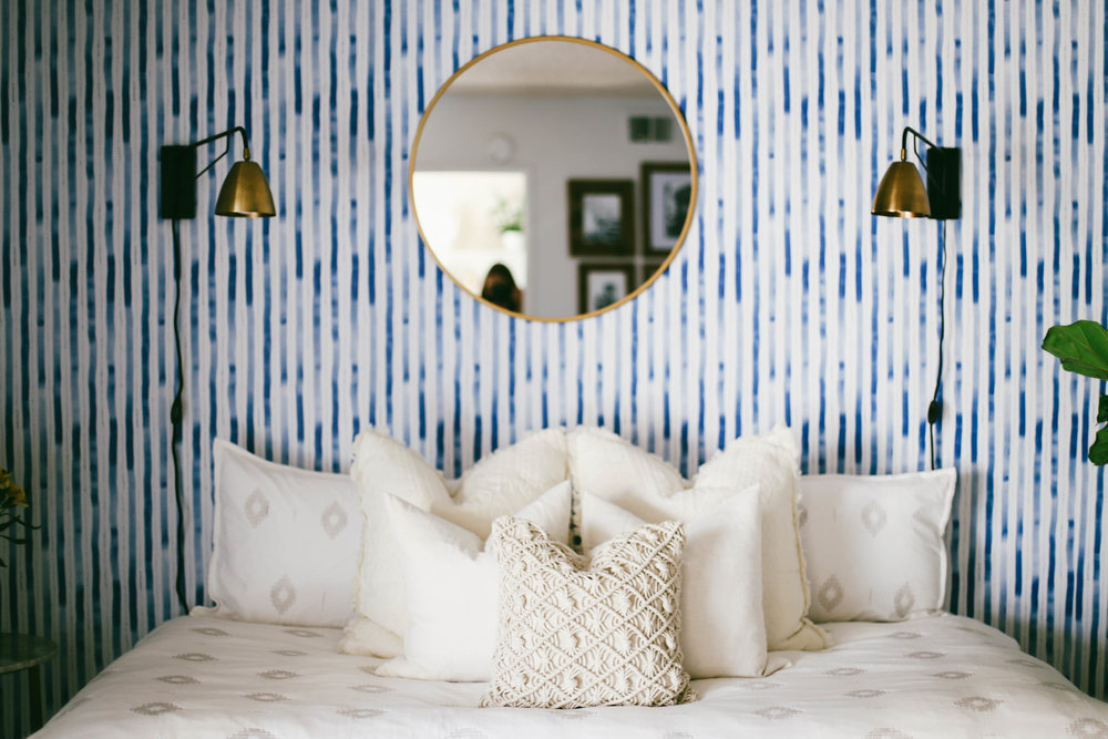 Welcome to our apartment tour sources and so much more college guest room an occasional oasis the guest room is probably my favorite room in the house design wise my concept first starting out was like a coastal gumiabroncs Images