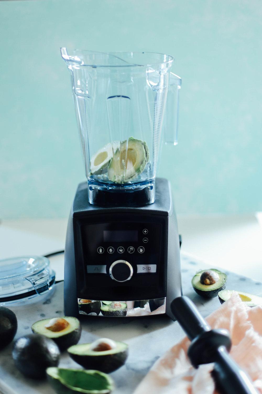Easy Vitamix Avocado Brownies — College Housewife